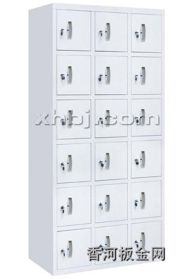 文件柜网提供生产十八门更衣柜厂家