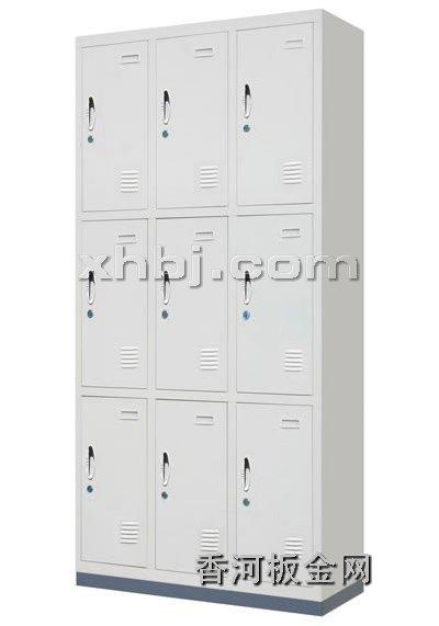 文件柜网提供生产九门更衣柜厂家