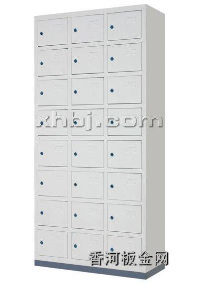 文件柜网提供生产十四门更衣柜厂家