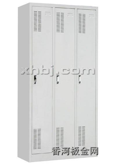 文件柜网提供生产三门更衣柜厂家